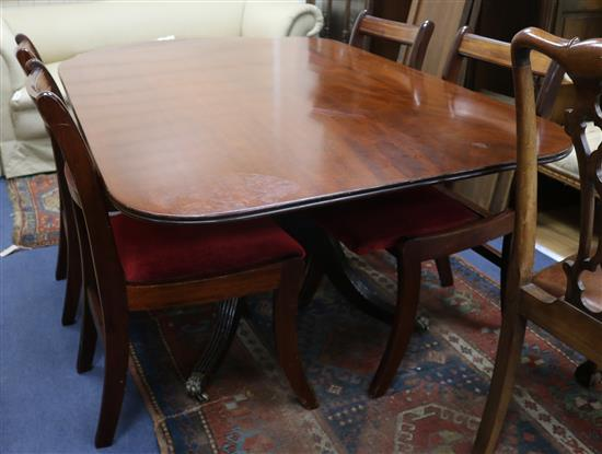 A Regency breakfast table and four Regency style mahogany dining chairs W.142cm