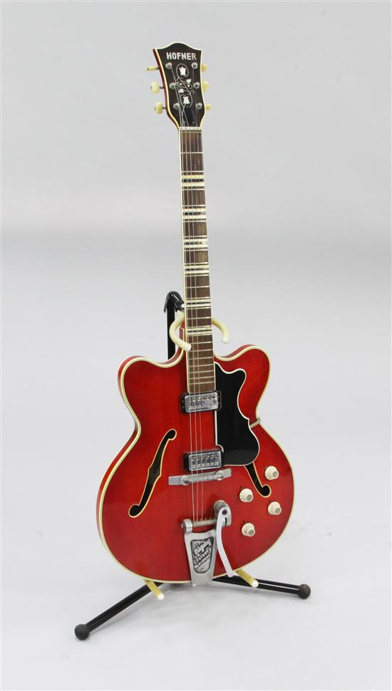 A cherry red Hofner Verithin semi-acoustic electric guitar, c.1964,