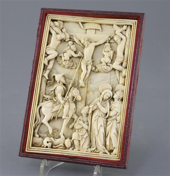A Hispano-filipino or Sino-Portuguese ivory relief of The Crucifixion with the two thieves, probably late 16th/early 17th century, 15cm